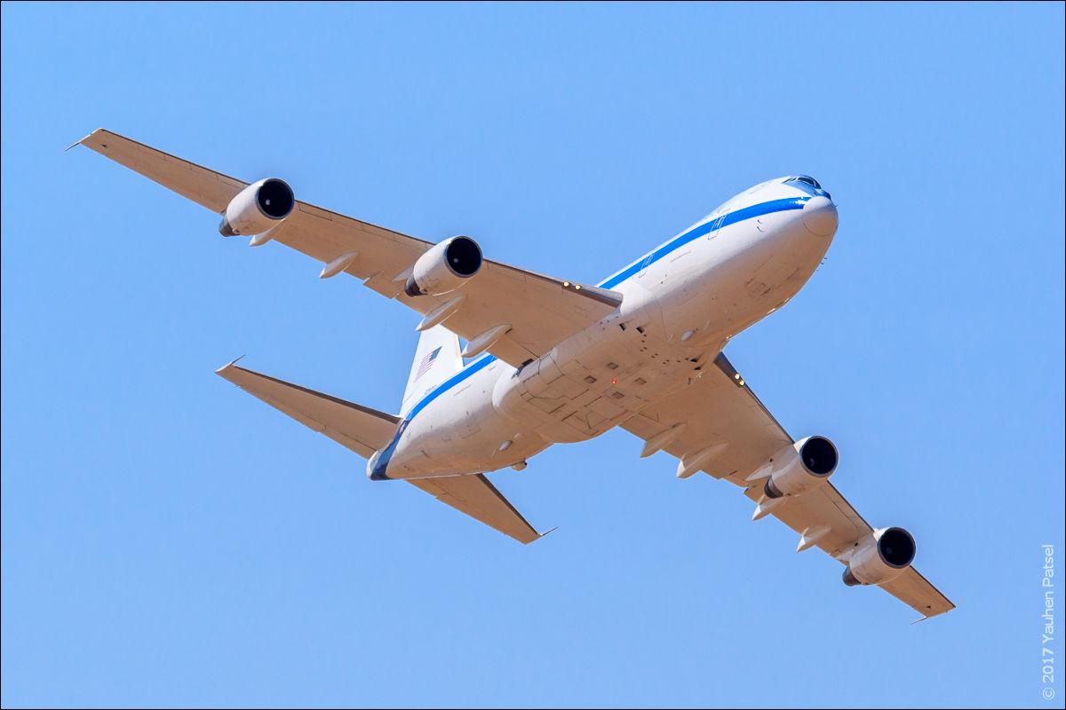Boeing E-4B