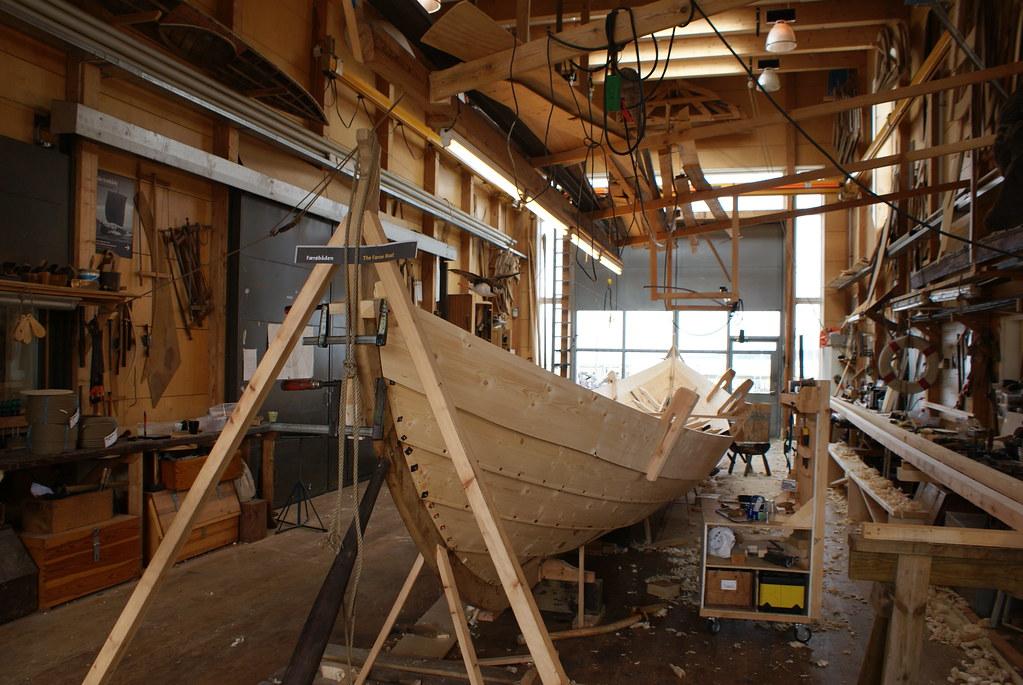 Atelier de construction de bateau du musée des navire viking de Roskilde.