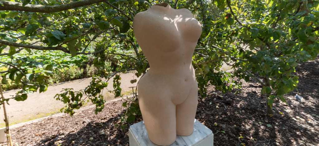 EVE BY WILLIAM FOLEY [SCULPTURE IN CONTEXT 2017]-132858