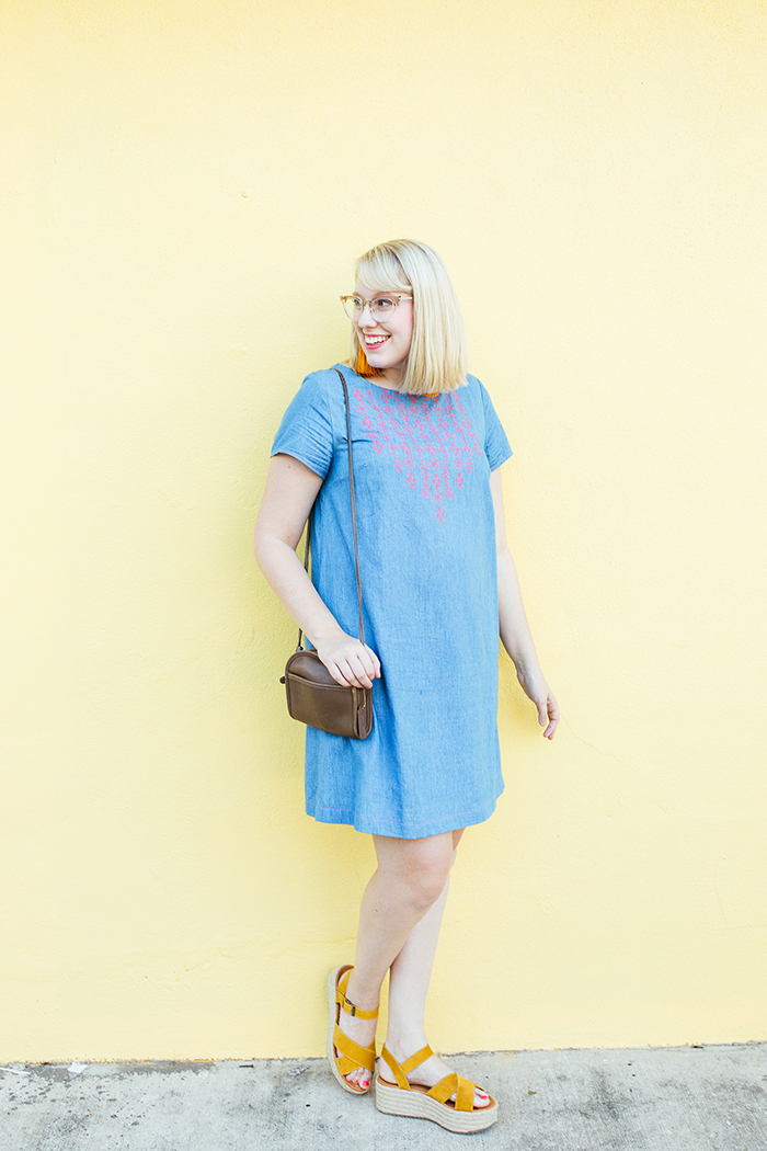 austin style blogger writes like a girl embroidered denim shift dress3