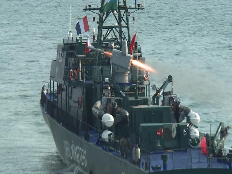 Spike-NLOS-naval-launch-azerbaijan-2017-wf-1