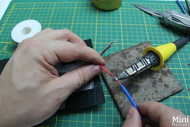 Construire un panneau solaire à 5€ - 038