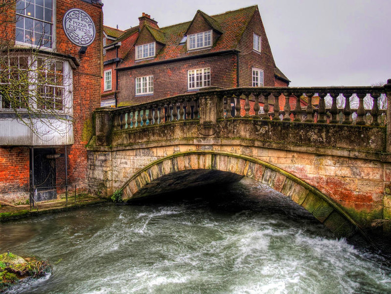 St. Swithun's Bridge Winchester. Credit Neil Howard, flickr