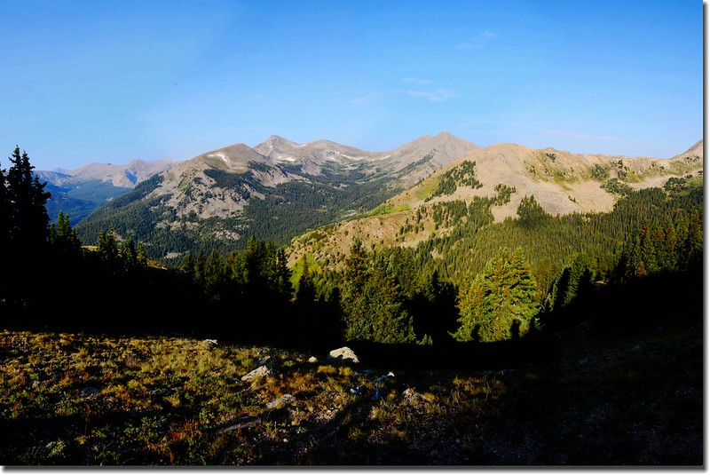 Looking Southwest from the trail near treeline(12,100' ) 3