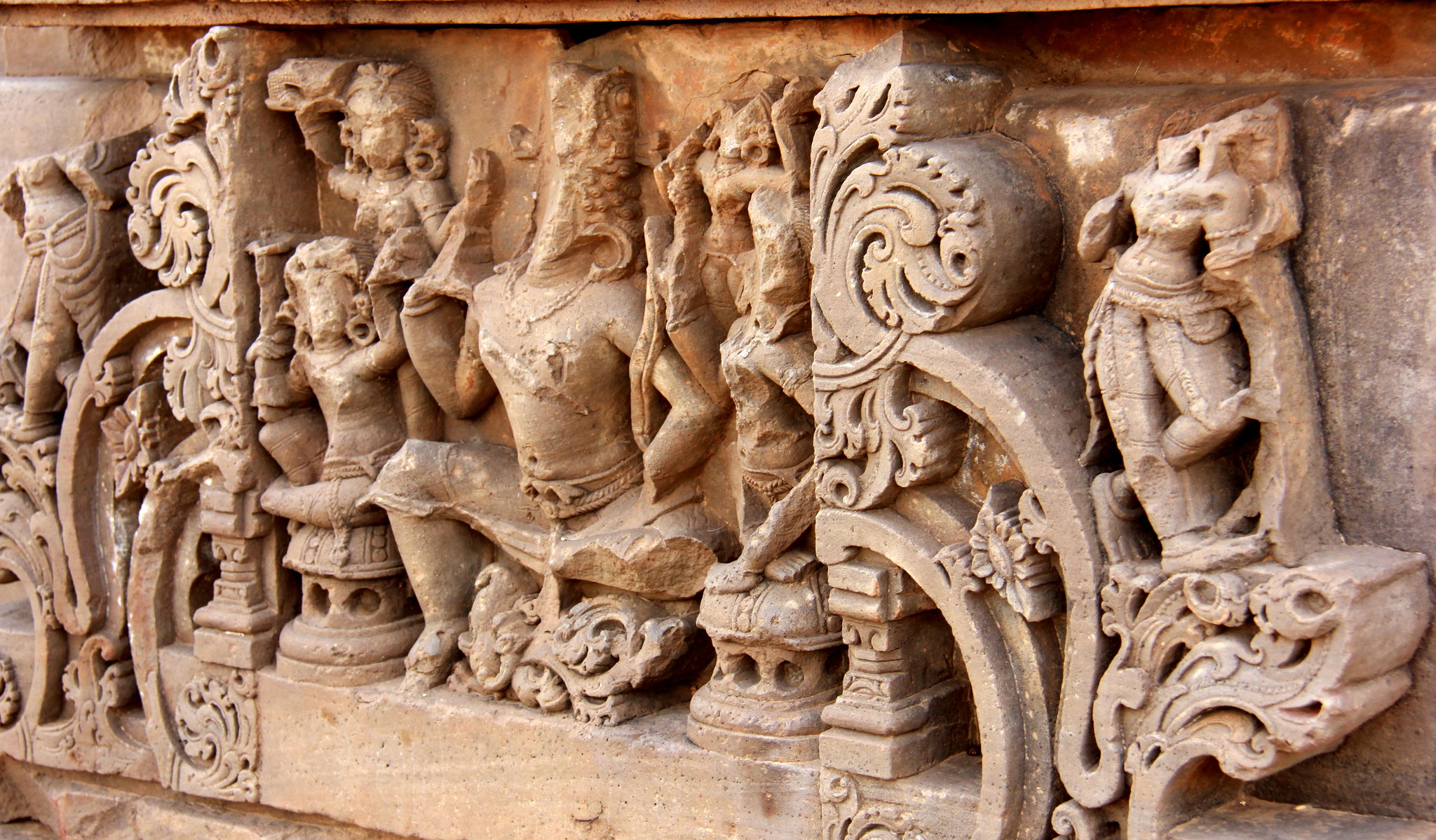 Carvings found at Abhaneri Temple