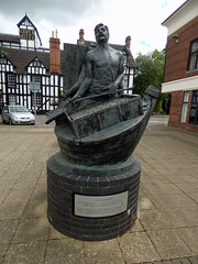 Sculptures in Droitwich Spa