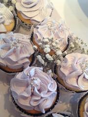 #cupcakes #violetbuttercream #cakesbyevamaria #evascakecreations #evamariacakes #birthdaycake