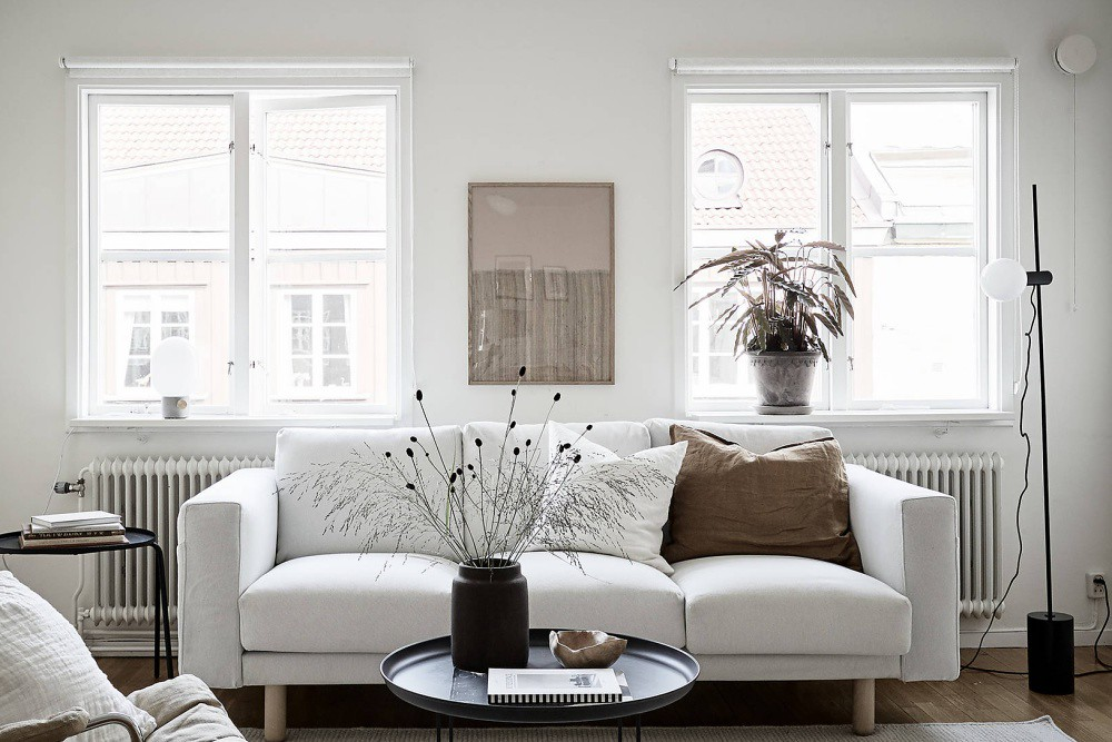 Simple but Stylish Minimal Scandinavian Apartment