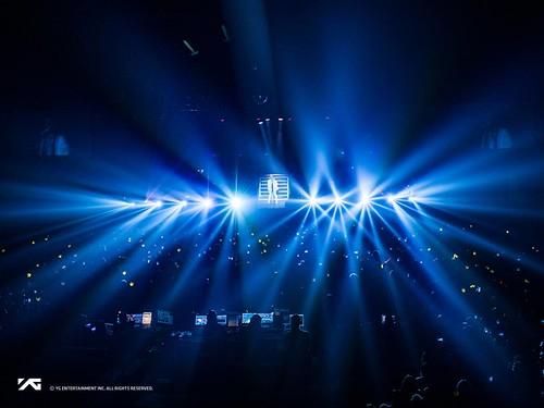 Taeyang WHITE NIGHT in Chicago 2017-09-03 (3)