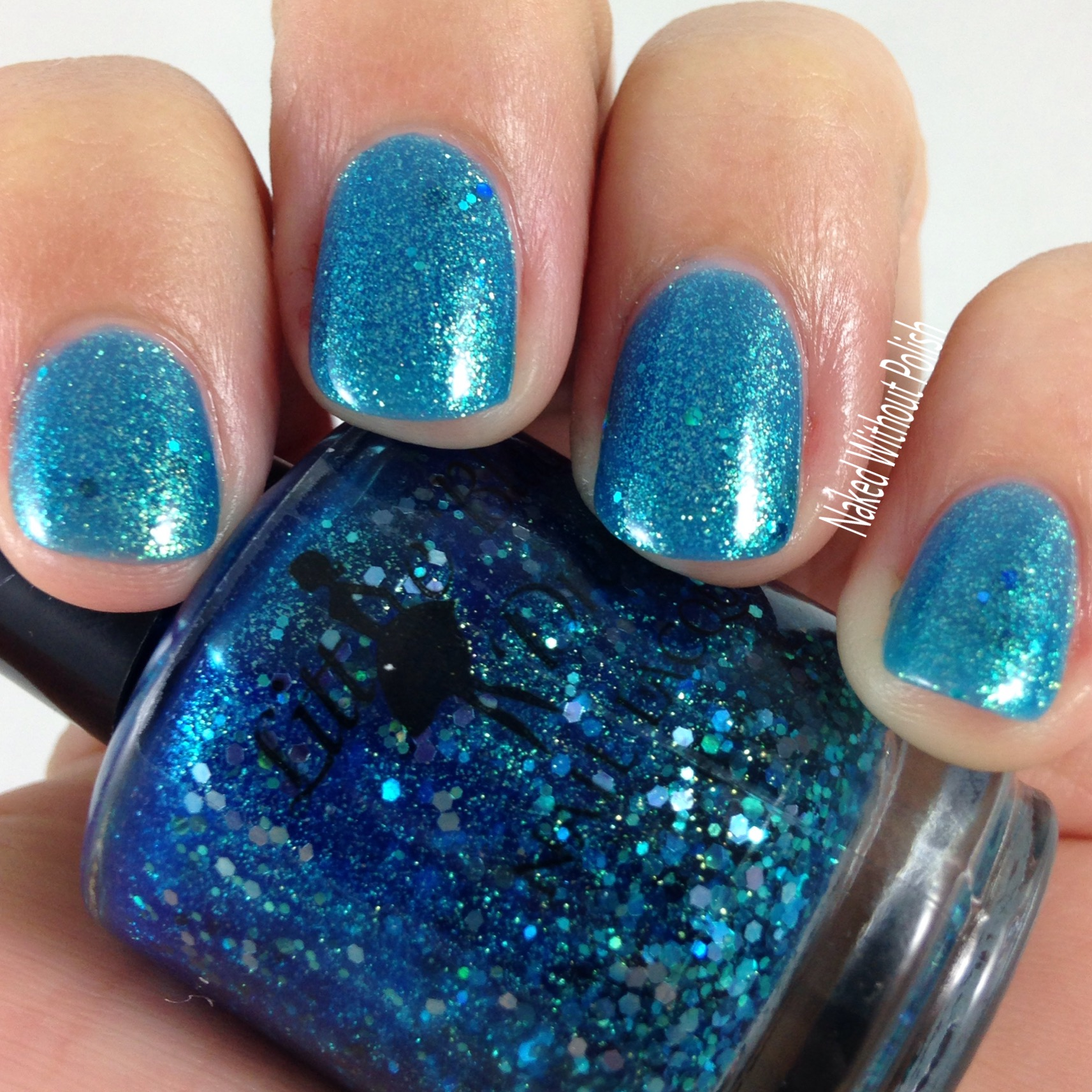Little-Black-Dress-Nail-Lacquer-Mermaids-Lair-6