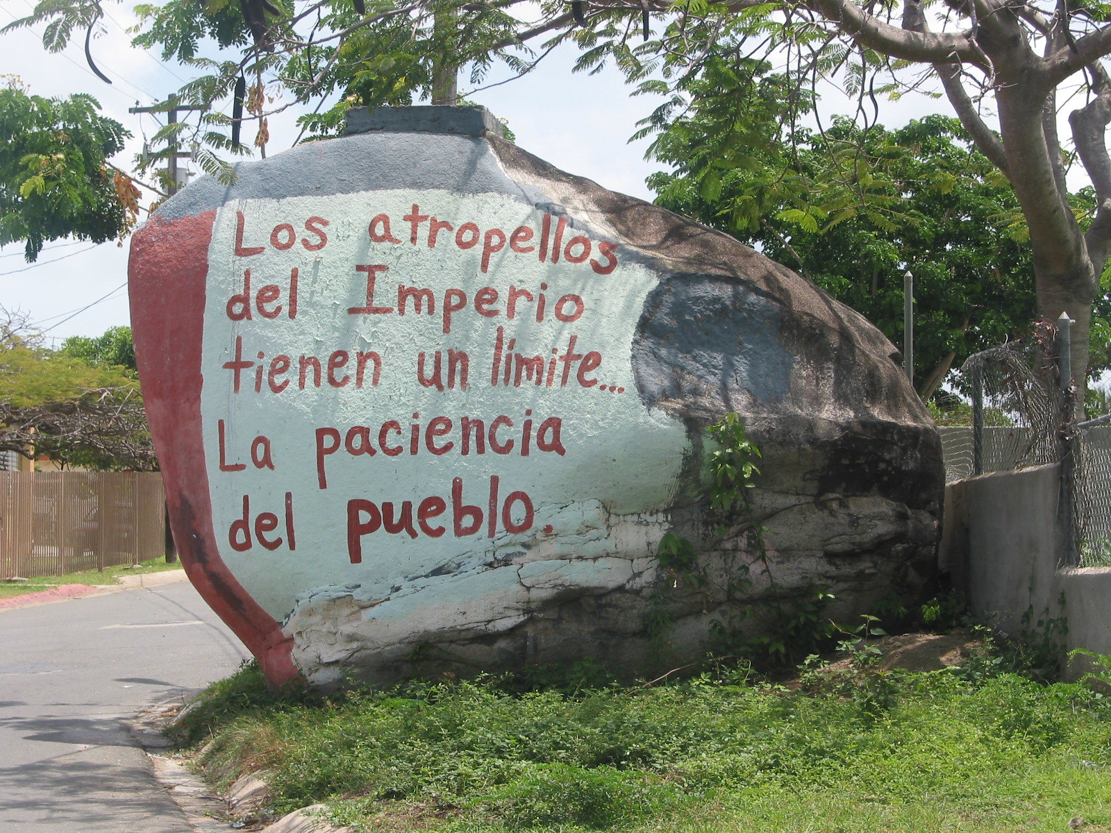 101-0195_IMG Painted Stone in Vieques Puerto Rico