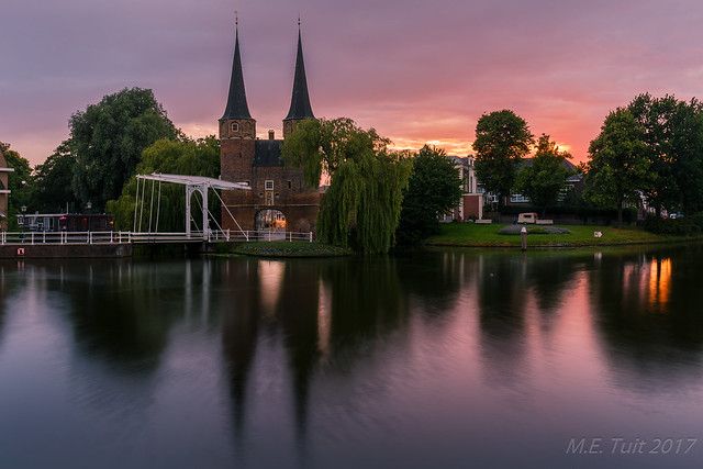 Colorful sunset @ Delft
