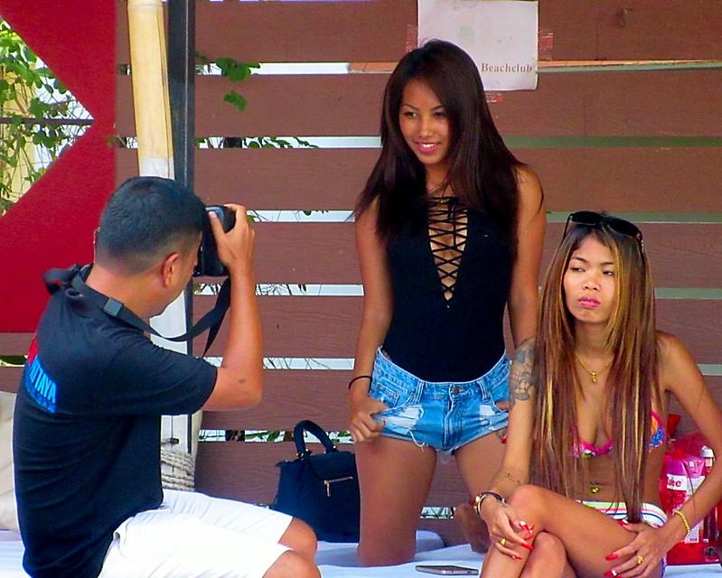 Sexy Thai bikini babes Pattaya