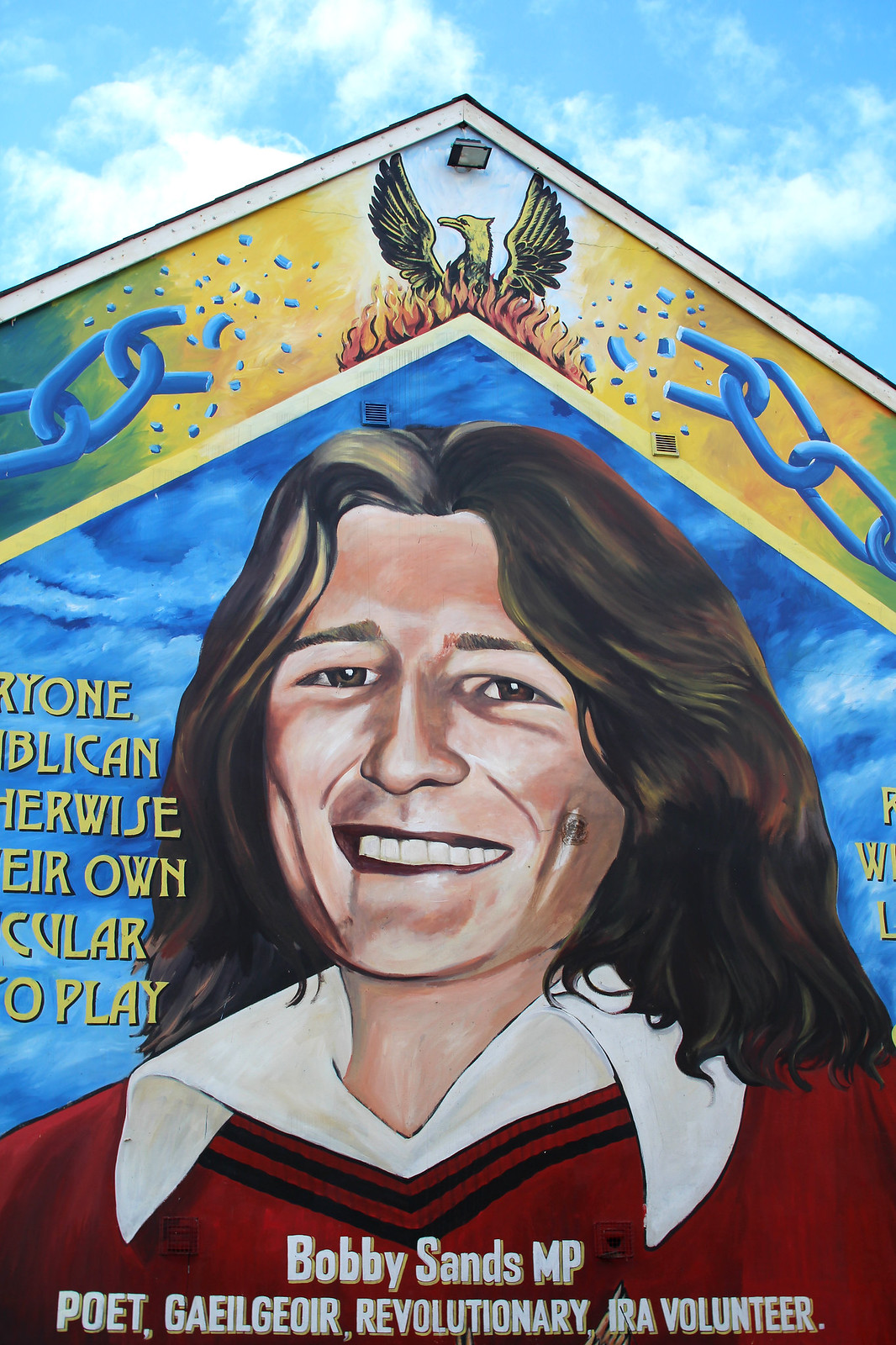 Troubles Taxi Tour murals Belfast 48 hour guide travel blogger UK Northern Ireland