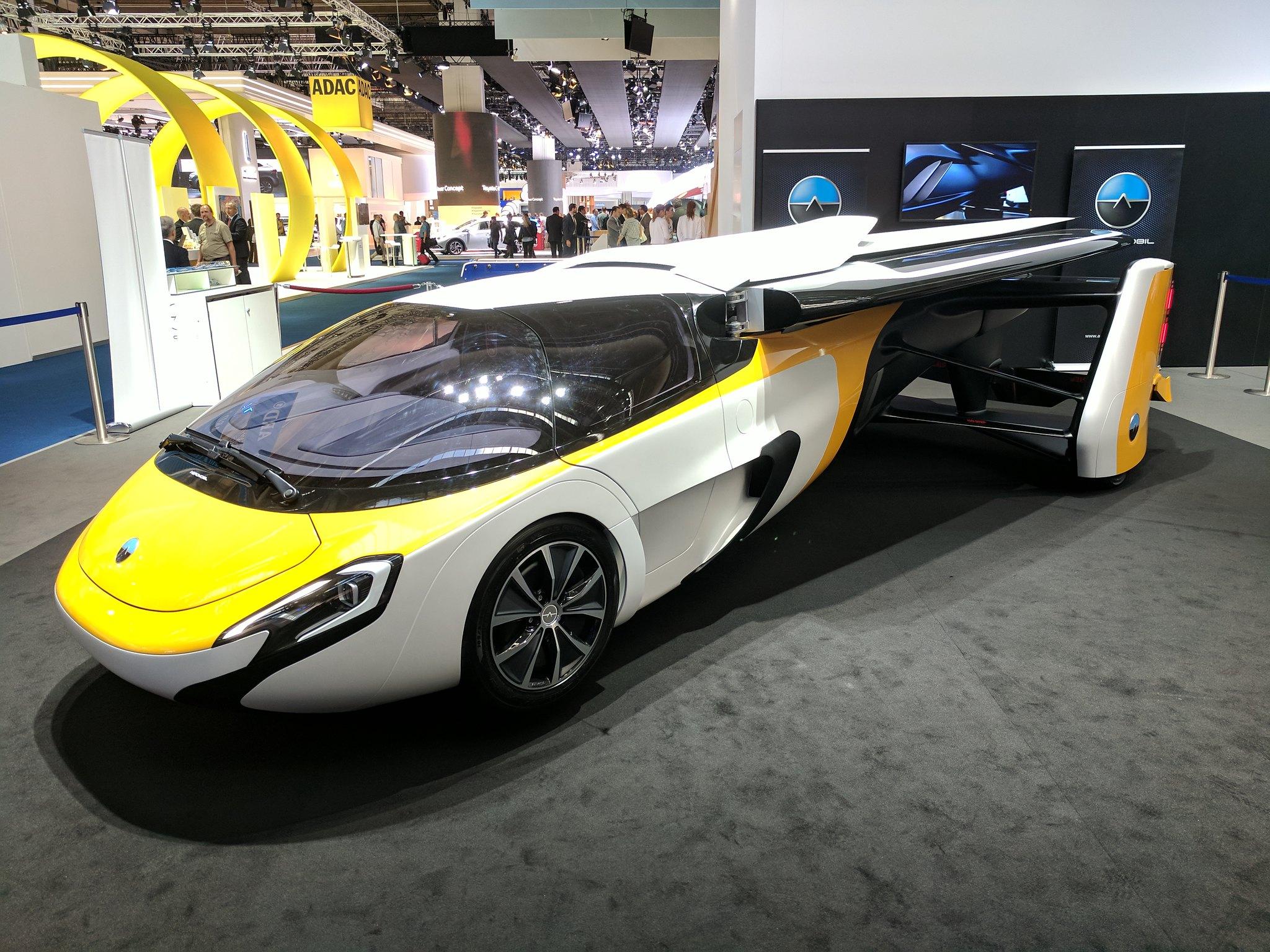 Flying Car Concept (IAA)
