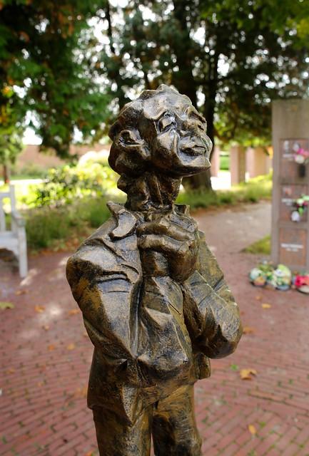 """Beeldenexpo """"Emoties in beeld"""" - stadsbegraafplaats Leuven"""