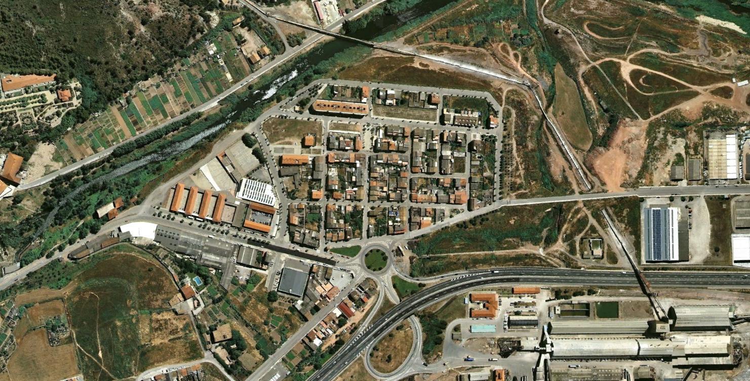 l'estació de sallen, barcelona, subsidencia ella me bate como haciendo subsidencia, antes, urbanismo, planeamiento, urbano, desastre, urbanístico, construcción