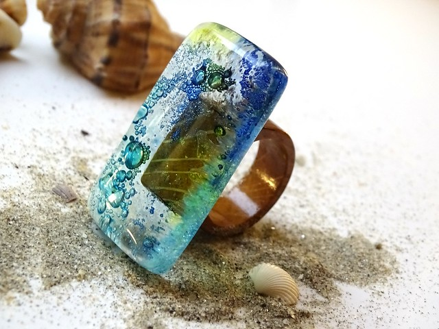 R17021; Gifted by the Sea Ring, 7785