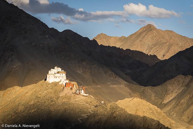 Namgyal Tsemo Gompa, Nikon D750, AF-S Nikkor 28-300mm f/3.5-5.6G ED VR