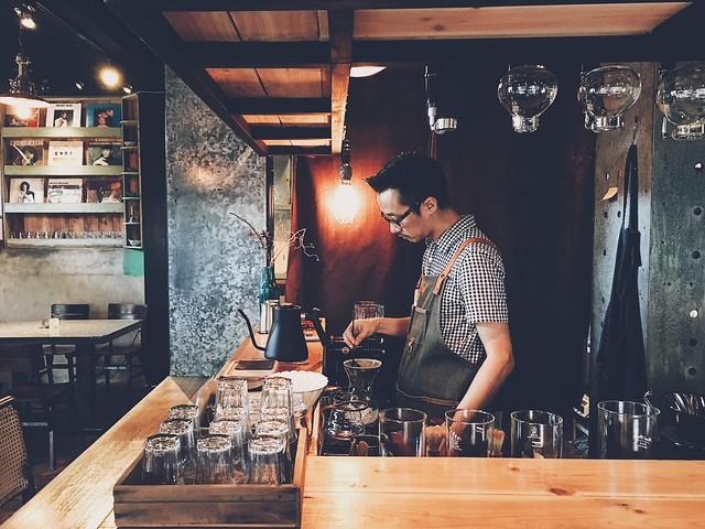 瑞芳/九份/金瓜石–祈堂老街的咖啡舊時光–散散步 /  老宅。岩屋。閣樓。小洋樓