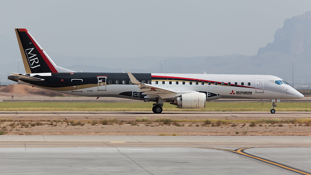 Mitsubishi MRJ-90