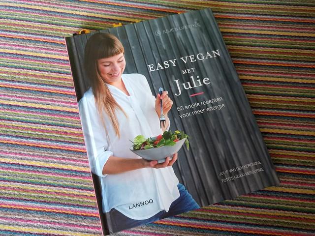 review Easy Vegan met Julie