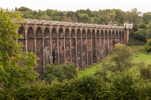 Ouse Valley Viaduct and Southern End Towers.jpg