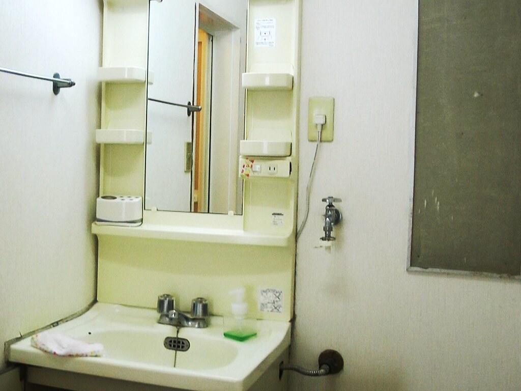 リノベーション前・洗面スペース