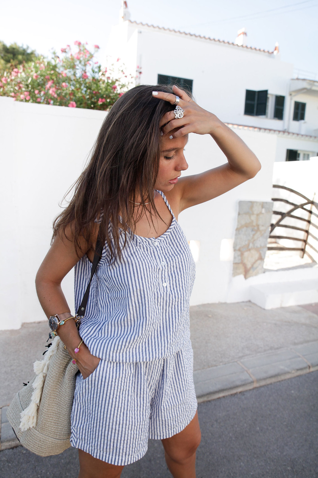 09_Mono_rayas_marineras_casual_outfit_theguestgirl_bolso_boho_via_email_pieces_style_the_guest_girl_influencer_menorca_minorca_barcelona_spain_fashion_blogger