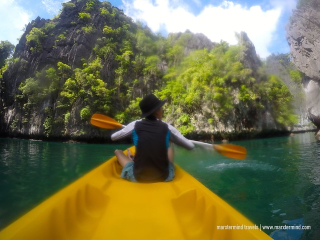 Kayaking at Small Lagoon El Nido