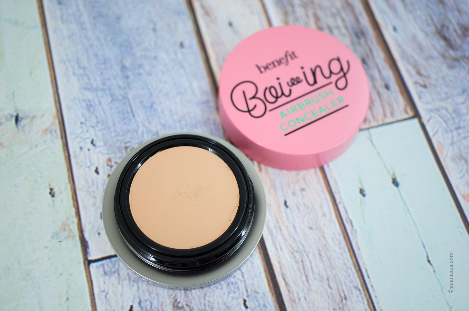 Benefit Boi-ing Airbrush Concealer 02 Medium