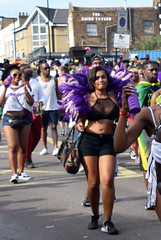 DSC_3342b Notting Hill Caribbean Carnival London Exotic Black Outfit with Purple Feathers Participant Aug 28 2017 Stunning Lady