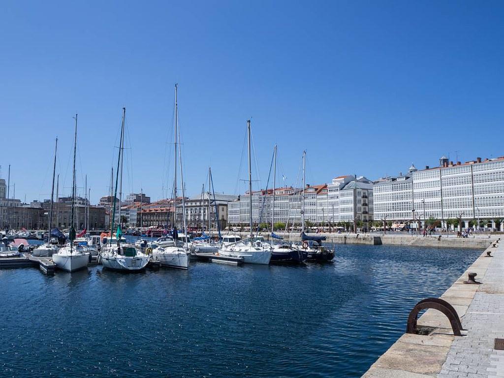 Volverá el sol a #Coruña . #summer2017 #marina #galerías #olympusomd10markii #olympusomd #photography