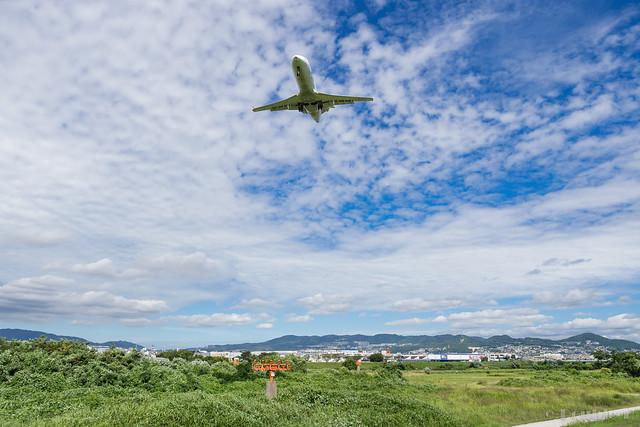 Itami Airport 2017.8.3 (28) JA209J / J-AIR's CRJ-200