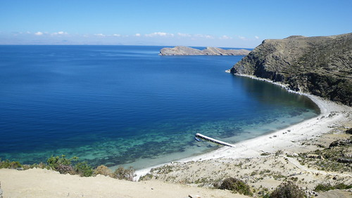bolivia lake isladelsol laketiticaca sea beach beautiful blue boat clear clearwater southamerica loneboat lonely