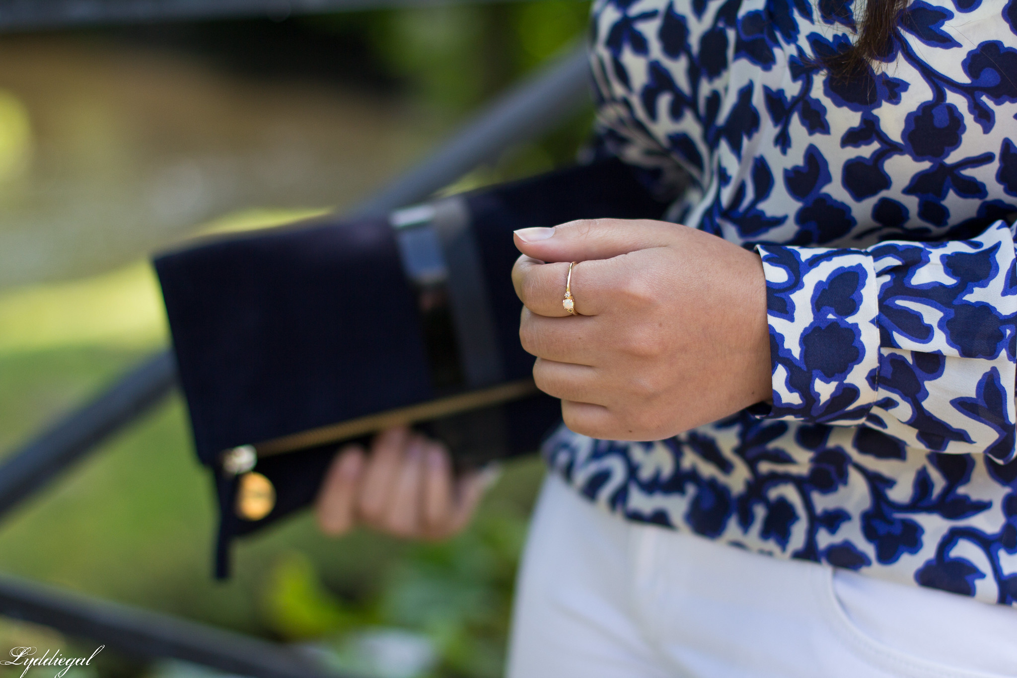 blue and white floral blouse, fringe pumps, clare v clutch-9.jpg