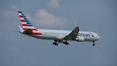 American Airlines  BOEING 767-323ER N397AN
