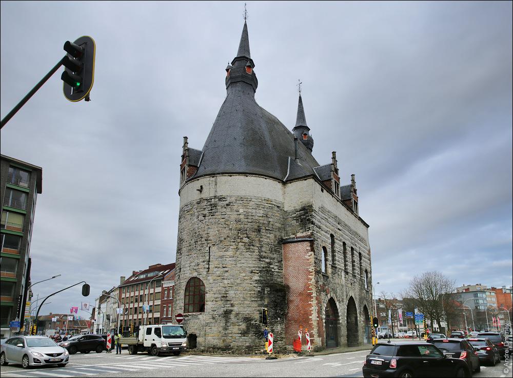 Брюссельские ворота