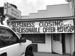 Business Closing 6364BW