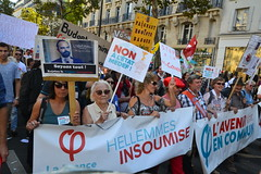 Big march in Paris against president's reforms