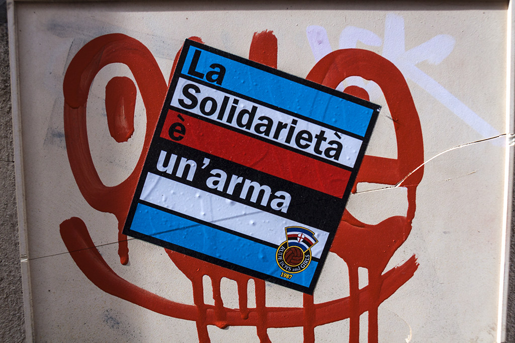 La Solidarieta e un arma--Marseille