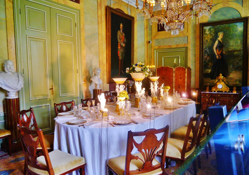Dining Room, Doorn House. Credit Zairon