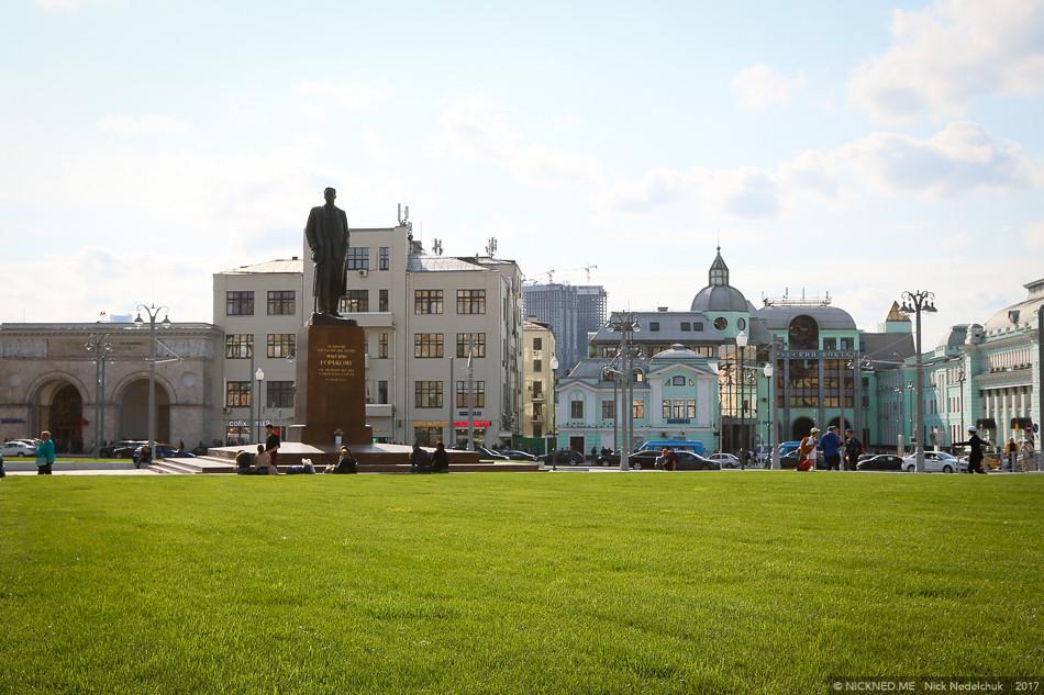 Площадь у Белорусского вокзала просто не узнать! IMG_4231