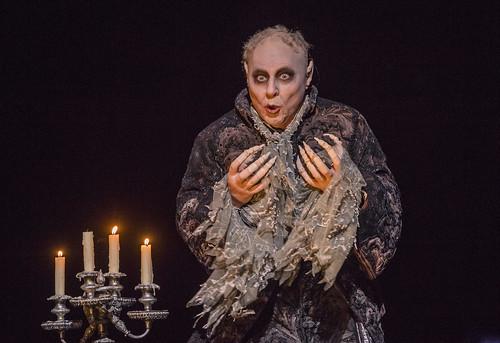 Peter Bronder as Monostatos In Die Zauberflöte, The Royal Opera Season 2017/18 © ROH 2017. Photograph by Tristram Kenton.