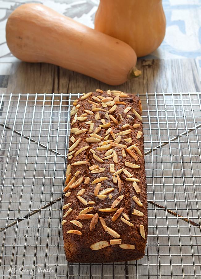 Oat spelt pumpkin bread