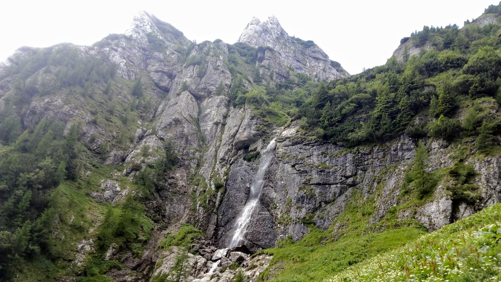 Cascada Caraiman