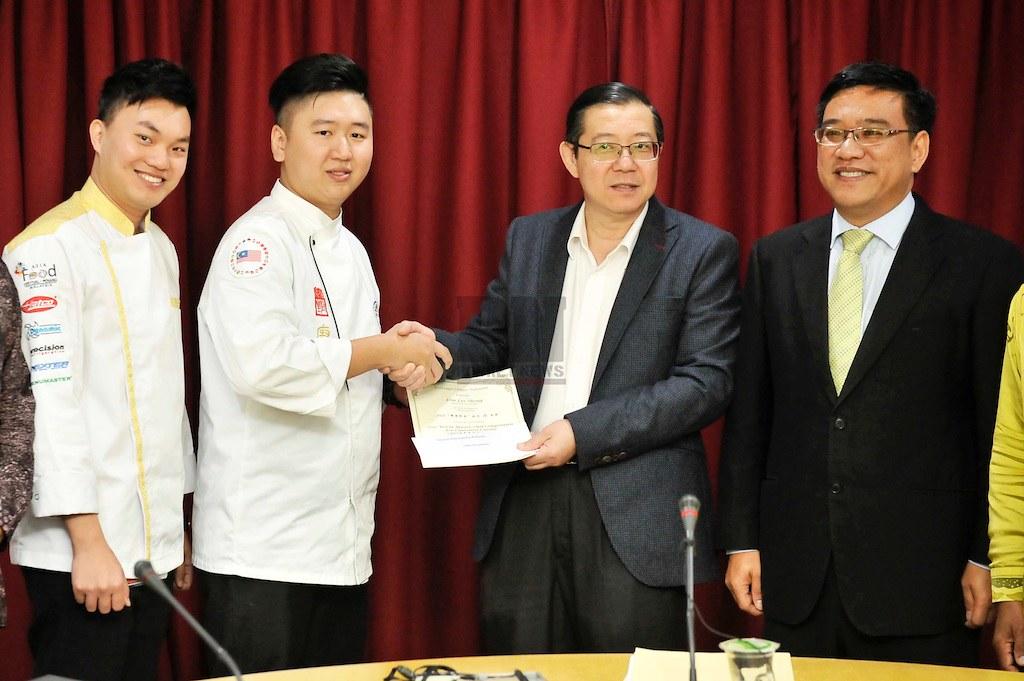 280917 - Sidang Media Ketua Menteri YAB Lim Guan Eng (28 September 2017)