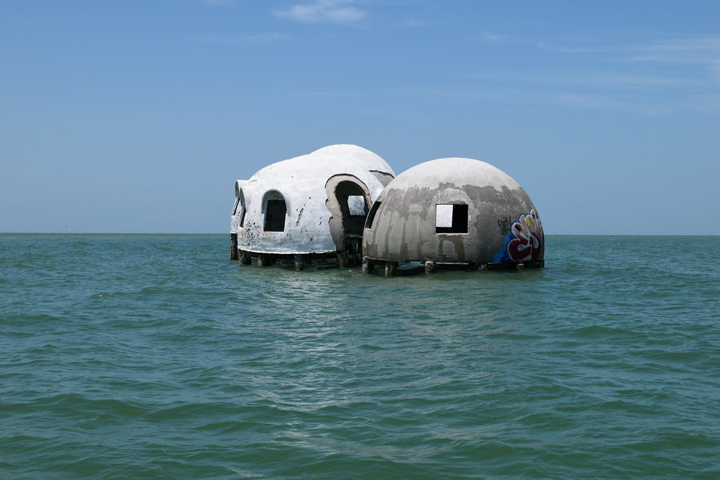Cape Romano Dome House - Ten Thousand Island Reserve - Dolphin, Birding and Shelling Tour