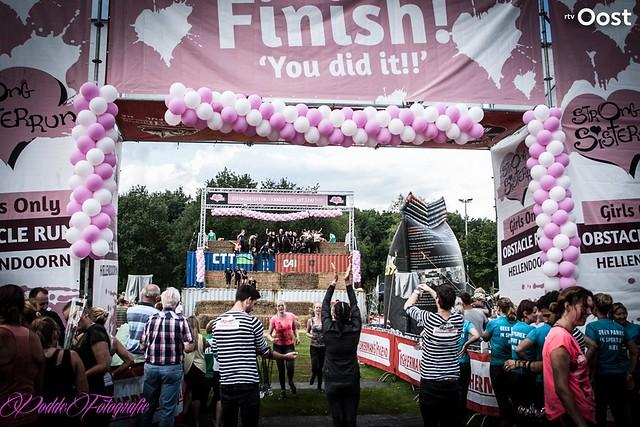 Strong Sister Run 2017 in Hellendoorn