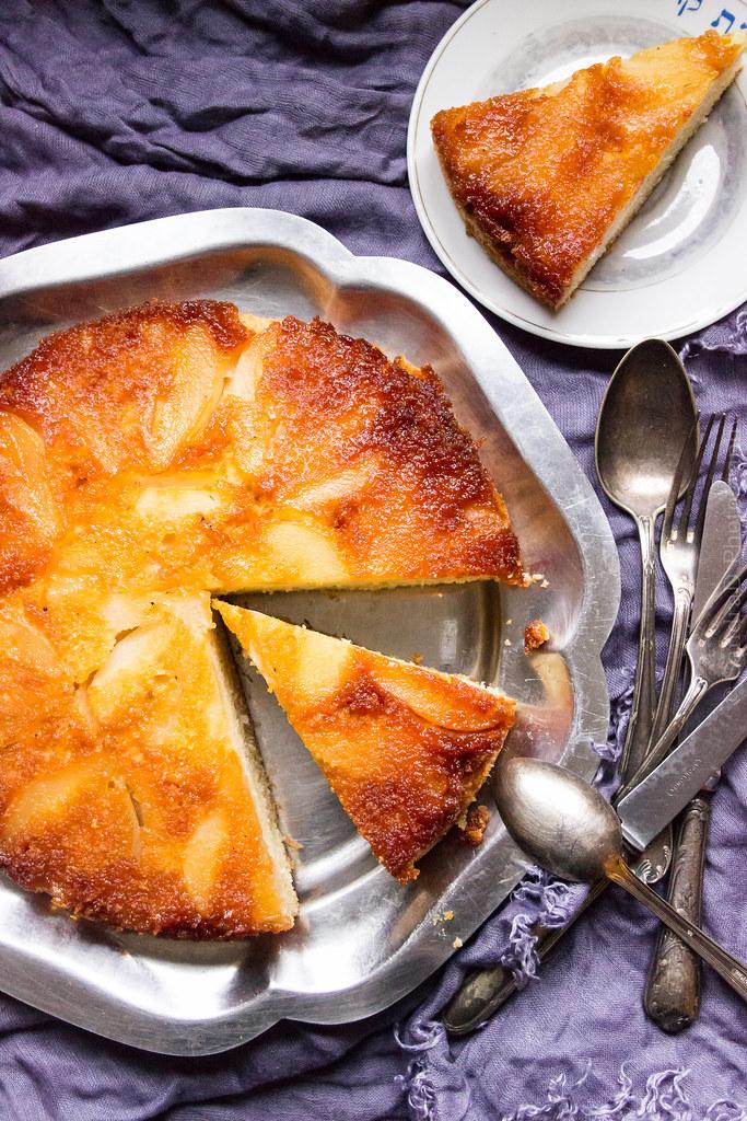 Pear Tatin Cake